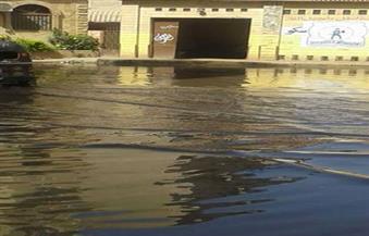 """الصرف الصحي يغرق أهالي """"الحرمين"""" بالإسكندرية في الروائح الكريهة.. والشركة: """"المشكلة تنتهي خلال 10 أيام"""""""