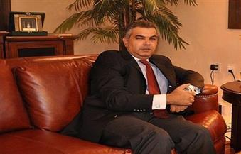 سفير مصر بكندا يشارك في المعرض السنوي للسياحة والإجازات ويزور الجناح المصري