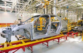 القاضي: إهمال الحكومات للصناعة وتفضيل التجارة سبب أزمات مصر..وصناعة السيارات الخروج من عنق الزجاجة