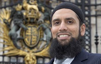 إمام المسلمين في الجيش البريطاني يكشف عن عمله بالقوات المسلحة