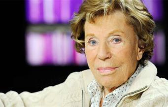 """خاضت معركة بسبب """"تأنيث"""" الأسماء.. وفاة الروائية الفرنسية بونوات غرولت عن 96 عامًا"""