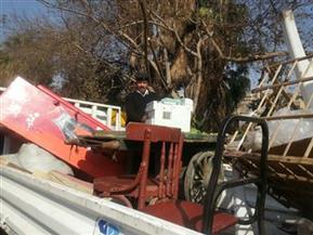 """""""حي السلام أول"""" يزيل الإشغالات من الشوارع و""""المراجيح"""" من أمام المدارس"""