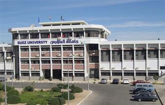 عميد كلية حاسبات بجامعة السويس يتفقد امتحانات الدراسات العليا