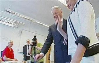 أيسلندا تختار أول رئيس جديد لها في 20 عاما