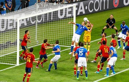 إيطاليا تتسلح بدافع الانتقام أمام إسبانيا في نصف نهائي كأس أوروبا