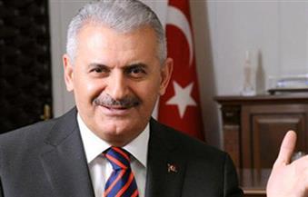 رئيس الوزراء: تركيا ستغلق قاعدة جوية وثكنات استخدمت في محاولة الانقلاب