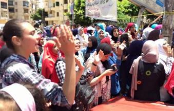 بالصور.. طلاب الثانوية العامة يُواصلون التظاهر للمطالبة بإقالة وزير التربية والتعليم