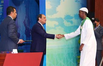 """السيسي خلال احتفالية """"ليلة القدر"""" يحذر من الخلاف المذهبي بين المسلمين.. ويدعو إلى تقييم وضع الأمة الإسلامية"""