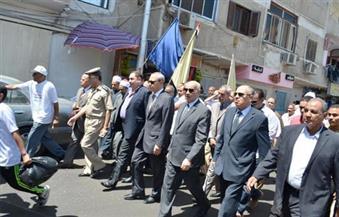 الهجان يتقدم مسيرة الاحتفال بذكري ثورة 30 يونيو بشوارع وميادين محافظة قنا