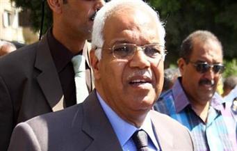 وزير النقل يتفقد المراحل النهائية لطريق السويس القاهرة الحر