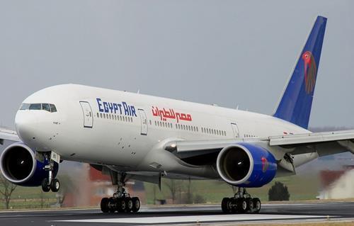 عودة وزير الطيران المدنى من دبى -