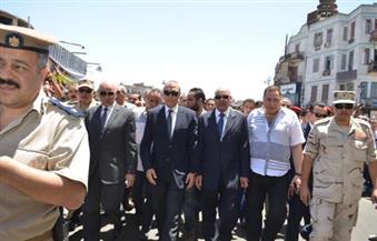 بالصور.. الآلاف يُودعون شهيدي قنا بالقوات المسلحة إلى مثواهما الأخير من مسجد سيدي عبدالرحيم القنائي