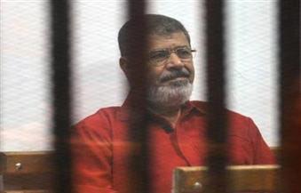 تأجيل محاكمة مرسي و٢٤ آخرين متهمين بإهانة القضاء لجلسة ٢٠ أكتوبر المقبل