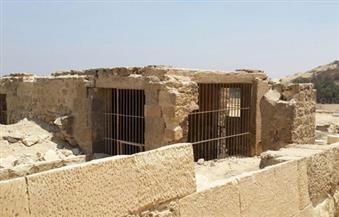 """بالصور.. الآثار: مقبرة """"رع ور"""" سليمة وفي حالة جيدة.. وتؤكد: ما تم بمقبرة """"سشم نفر"""" أعمال تنظيف وتدعيم فقط"""