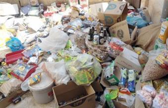 """""""تموين الإسكندرية"""" يداهم مصنع حلويات ويضبط كميات من الأغذية الفاسدة في حملة على الأسواق"""