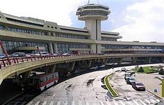 عاصفة قوية تتسبب في اصطدام طائرتين بأحد المطارات الروسية