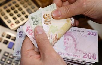 الليرة التركية تهبط أكثر من 5% أمام الدولار على خلفية بيان الجيش