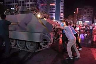 """بالفيديو..""""ما حدث في تركيا ثورة وليس انقلاب"""".. تعليق أحمد موسى يثير الـ""""سوشيال ميديا"""": """"هيجيلى شلل"""""""