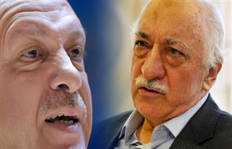 أردوغان وغولن.. تاريخ صراع الإخوة الأعداء في الاقتصاد والقضاء والجيش والإعلام