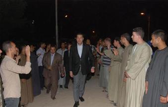 """بالصور.. محافظ أسيوط يطلق اسم شهيد العريش على إحدى المدارس في قرية """"الفليو"""""""