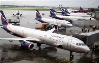 مصادر روسية: راكبة تهدد بتفجير نفسها في طائرة متوقفة بمطار دوموديدوفو في موسكو