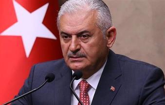 40 % من نساء تركيا يتعرضن للعنف.. يلديريم  يسحب مشروع قانون يبرئ المتهم باغتصاب قاصر إذا تزوجها