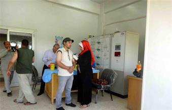 تطعيم 600 عامل بشركة مياه الشرب والصرف الصحي بسوهاج ضد الالتهاب الكبدي والتيتانوس