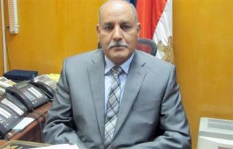 مدير أمن أسوان يطالب العاملين المدنيين بحسن معاملة الجمهور