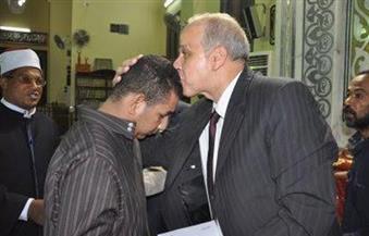 بالصور ..محافظ الوادي الجديد يشهد الاحتفال بليلة القدر ويكرم حفظة القرآن الكريم