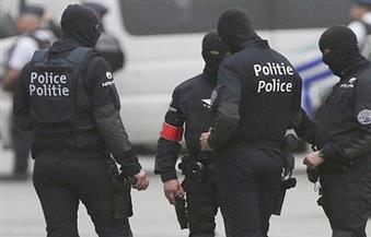 ارتدى معطفًا في الصيف.. طالب يثير فزع الشرطة في بروكسل