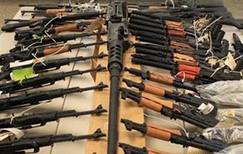 ضبط 12 قطعة سلاح ناري و4 مطلوبين جنائيًا في حملة أمنية بالمنيا