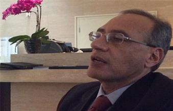 """وصول صحفيين مصريين لبكين لتغطية مؤتمر """"الحزام والطريق"""" والسفير يستقبل الوفد في المطار"""