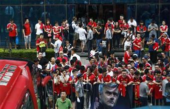 بالصور.. إلغاء القمة الكروية الإنجليزية في بكين.. مانشستر يونايتد وسيتي يغادران دون لعب أو تحديد موعد آخر