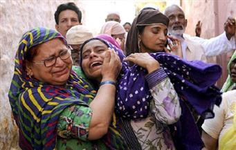 ضرب امرأتين مسلمتين  بالهند في حضور الشرطة للاشتباه بحيازتهما للحوم الأبقار