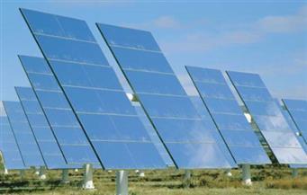 وزيرا الانتاج الحربى والتعاون الدولي يوقعان مذكرة تفاهم مع شركة صينية لتصنيع ألواح الطاقة الشمسية من الرمال