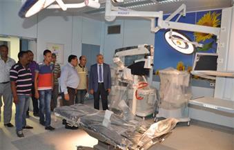 بالصور.. رئيس جامعة كفرالشيخ يتفقد المستشفى الجامعي الجديد ويُتابع تركيب الأجهزة والمعدات