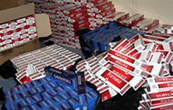 ضبط سجائر أجنبية مجهولة المصدر ودقيق مدعم مهرب في حملة تموينية بالإسكندرية