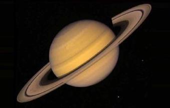 مركبة فضائية تلقي نظرة عن قرب على كوكب المشترى
