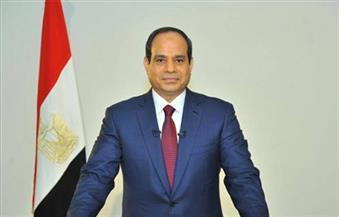 الرئيس يجتمع بشريف إسماعيل ومحافظ البنك المركزي ورئيسي المخابرات والرقابة الإدارية لبحث الأوضاع الاقتصادية
