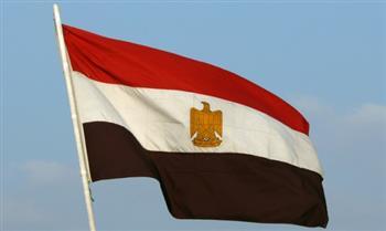 """رئيس جامعة القاهرة: تحية العلم تمثل رمزا للوطنية.. و112 برنامجا بـ"""" البكالوريوس والليسانس"""""""
