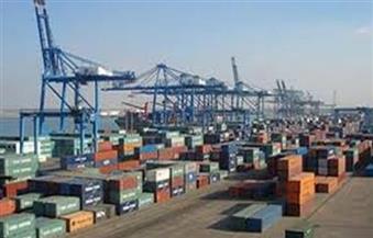 تصدير 2769 طن رمل زجاجي من ميناء دمياط