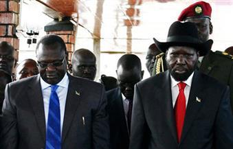 """بعد أن حاول """"كير"""" اعتقال """"مشار"""".. اندلاع قتال داخل القصر الرئاسي جنوب السودان"""