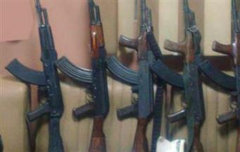 الأمن يُداهم أخطر بؤر تجارة السلاح والمخدرات بالصف.. ويضبط بنادق آلية وخرطوش