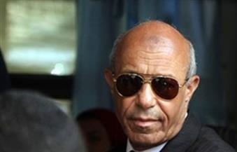 محافظ القاهرة يشدد على رؤساء الأحياء بعدم استخدام سيارات الحكومة فى أغراض عائلية
