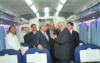 بالصور.. السعيد يتسلم القطار رقم 14 سكة حديد وقطار مترو للخط الأول من إنتاج الهيئة العربية للتصنيع