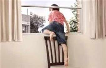 وقف على كرسي في البلكونة.. النيابة تستمع لأقوال أسرة طفل المعصرة المتوفى