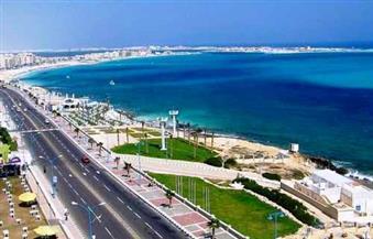 """وسائل الإعلام العمانية تدعم السياحة المصرية بتقرير عن """"مرسى مطروح """""""