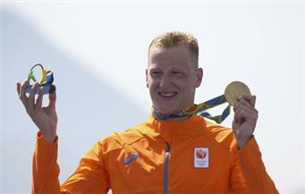 الهولندي فيرتمان يتوج بذهبية ماراثون السباحة واستبعاد البريطاني بيرنلي