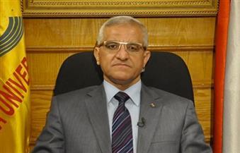 """رئيس جامعة المنيا يشهد حفل تخرج الدفعة الــ 15 لـ""""طب الأسنان"""""""