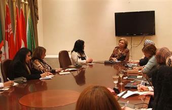 ميرفت تلاوي تلتقي وفدًا من سيدات أعمال الغرف التجارية المصرية